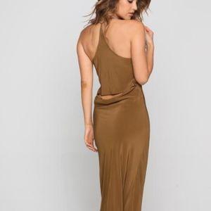 Acacia Maliko dress in beach babe